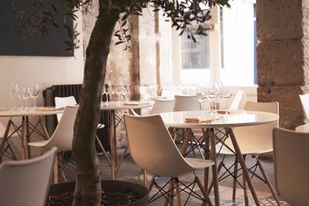 Nomos Restaurant Paris, Restaurant Paris Montmartre #0