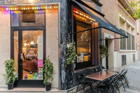 Mg Road, Restaurant Paris Saint-Avoye #0