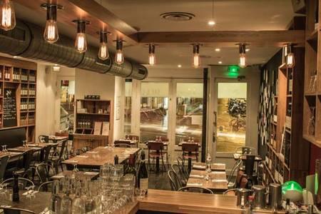 Fuxia Martyrs - Restaurant, Restaurant Paris Pigalle #0