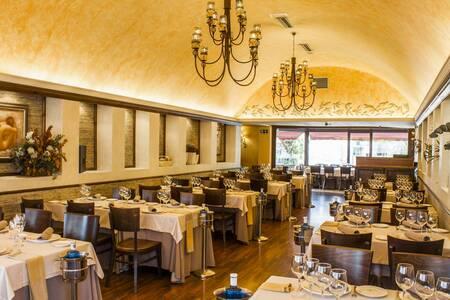 Aynaelda, Restaurante Madrid Aluche #0
