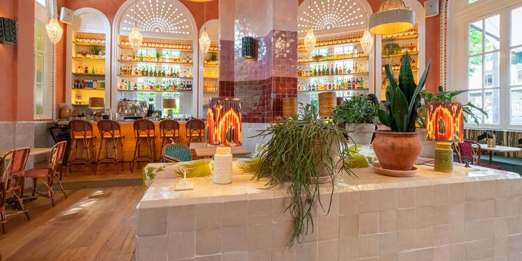 Le Café de La Gare, Restaurant Paris La Muette #0