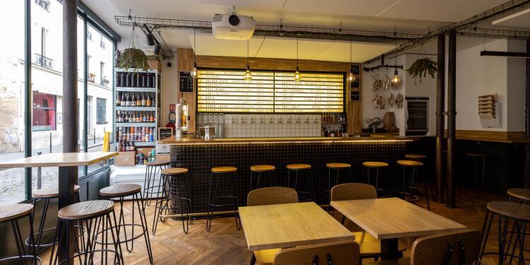 I.B.U, Bar Paris Petites Ecuries #0