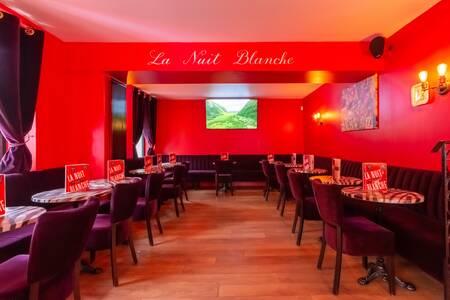 La nuit blanche, Bar Paris Pigalle  #0