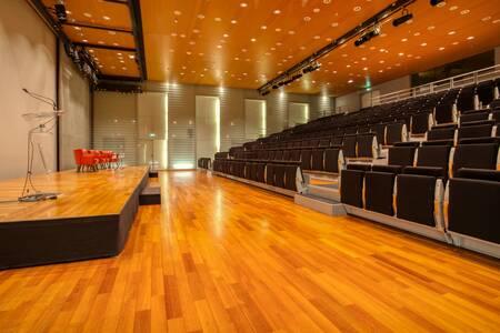 Coeur Défense Centre De Conférences : Amphithéâtre Hermes, Salle de location Courbevoie La Défense #0