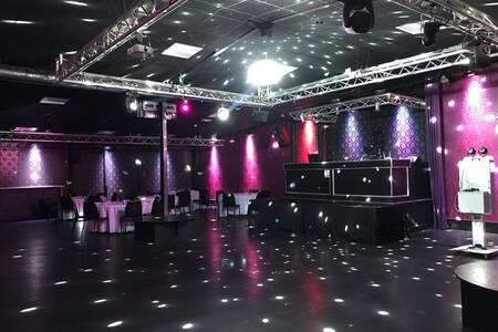 RJ Club, Salle de location Massy  #0