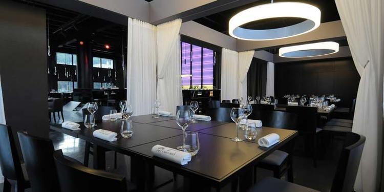 À refaire, Restaurant Lyon Confluence #0