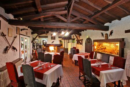 Hotel Restaurant La Chaumiere, Salle de location Saint-Laurent-sur-Sèvre  #0