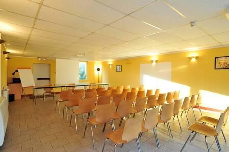 Balladins Varennes Vauzelles, Salle de location Varennes-Vauzelles  #0
