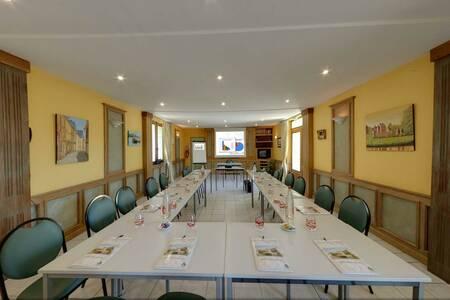 Le Relais Des Etangs De Guibert, Salle de location Neufchâtel-en-Saosnois  #0