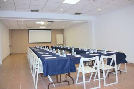 Hôtel Ibis Budget Toulon Centre, Salle de location Toulon  #0