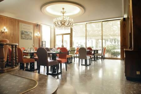New Hotel Bompard, Salle de location Marseille  #0