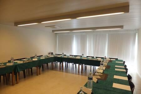 Kyriad Toulouse - Blagnac Aéroport Hôtel, Salle de location Blagnac  #0