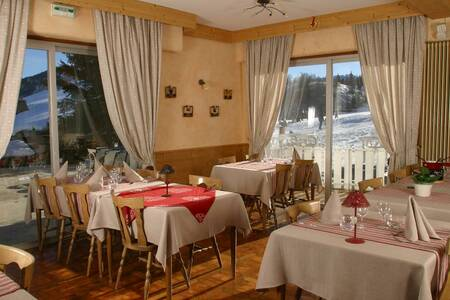 Hotel Restaurant Le Christania, Salle de location Bellevaux  #0