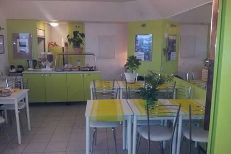 Lemon Hotel Dreux Chartres, Salle de location Dreux  #0