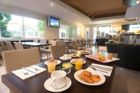 Hotel Club Pascal Paoli, Salle de location Aregno  #0