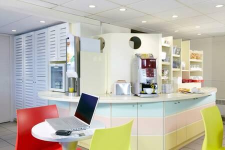 Premiere Classe Lille Ouest - Lomme Hotel, Salle de location Lille  #0