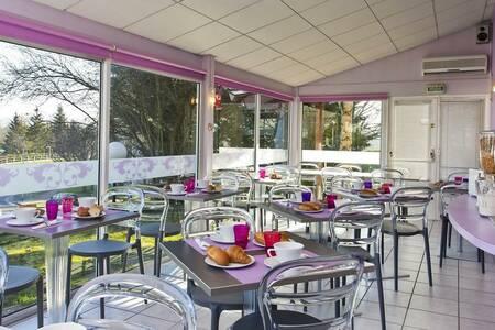 Tour Hotel, Salle de location La Chaussée-Saint-Victor  #0