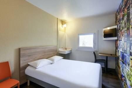 Hotel F1 Chartres, Salle de location Le Coudray  #0