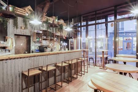 Sophomore, Bar Paris Parmentier #0