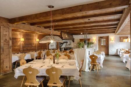Hotel Bernerhof, Salle de location Gstaad  #0