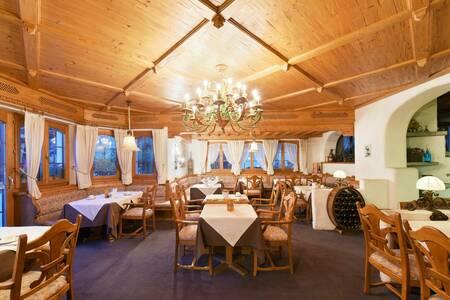 Hotel Alpenroyal Zermatt Switzerland, Salle de location Zermatt  #0
