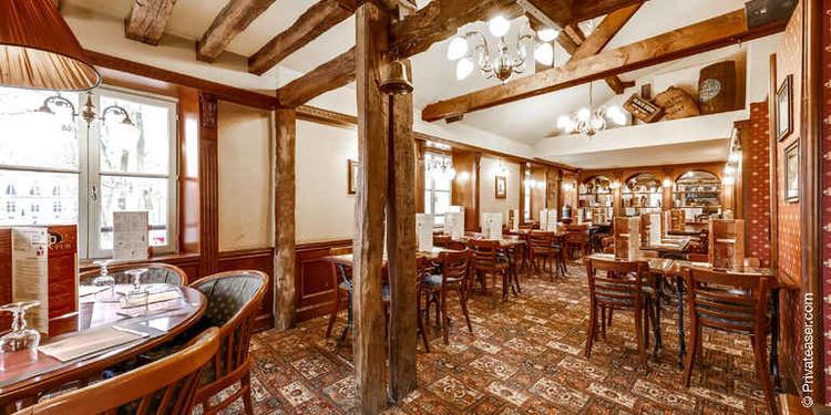Helio's Pub, Bar Versailles Versailles #0