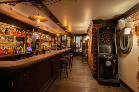 The Bootleg, Bar Paris Bastille #0