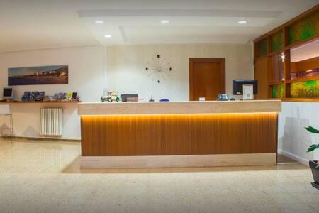 Hotel Eco Avenida, Sala de alquiler Benicassim  #0