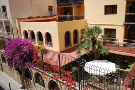 Hotel Mercedes, Sala de alquiler Lloret de Mar  #0