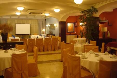 Llansola Hotel Restaurant, Sala de alquiler Sant Carles de la Ràpita  #0