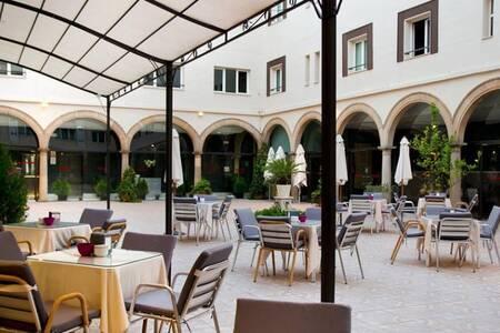 Hotel TRH Baeza, Sala de alquiler Baeza  #0