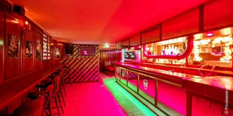Les Caves du Roi Soleil, Bar Versailles Place du Marché #0