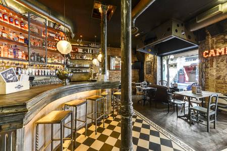Lola 09, Bar Madrid Malasaña #0