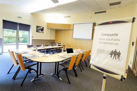 Campanile Poitiers - Futuroscope Hotel, Salle de location Chasseneuil-du-Poitou  #0
