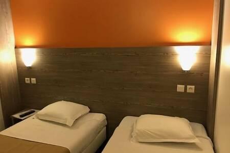 Hotel Paris Ouest Acheres, Salle de location Acheres  #0