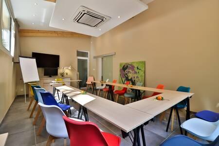 Hôtel Idéal Séjour, Salle de location Cannes Petit Juas #0