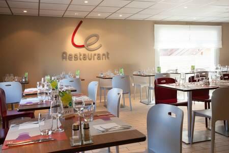 Campanile Roissy - Survilliers - Saint Witz Hotel, Salle de location Saint-Witz  #0
