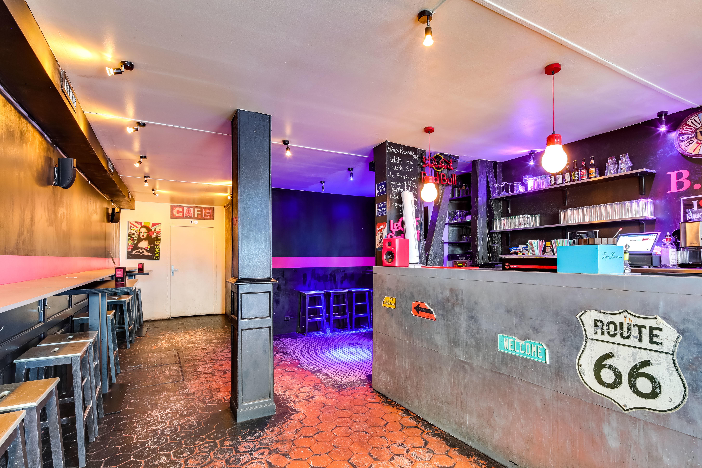 Bar Le B 58