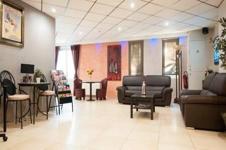 Hotel Balladins Emerainville, Salle de location Emerainville  #0