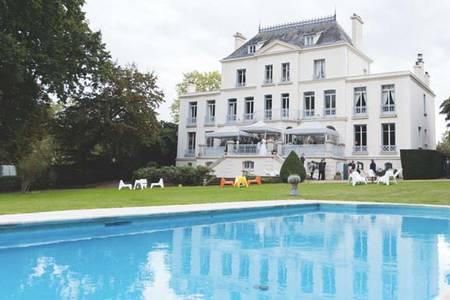 La demeure Lamaury, Salle de location Galluis Galluis #0