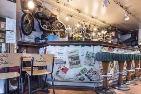 Les Pieds Nickelés, Bar Paris Réaumur #0