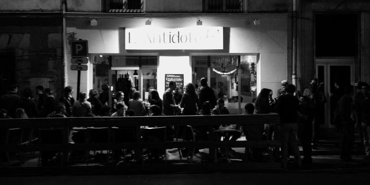 L 39 antidote privatiser ou r server gratuitement sur for Restaurant bastille terrasse