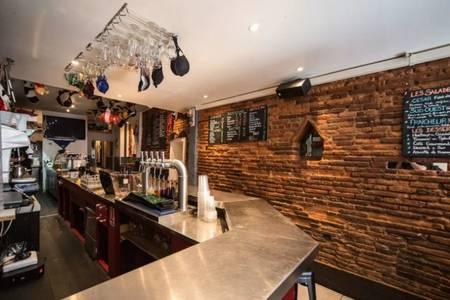 Le Ministère, Bar Toulouse Esquirol #0