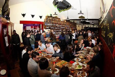 Tantina de Burgos, Bar Toulouse Carmes #0