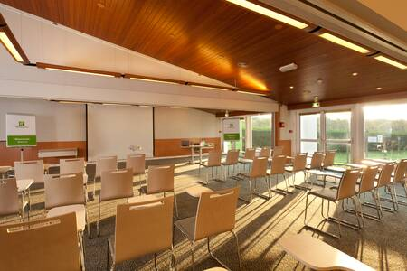 Holiday Inn Lille Ouest Englos, Salle de location Englos Englos #0