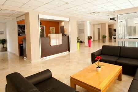 Gis Hôtel, Salle de location Neuilly-Plaisance  #0