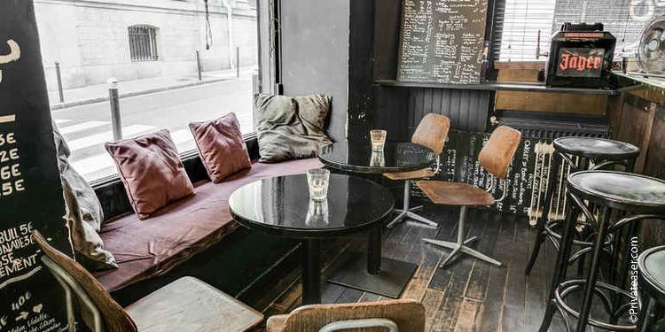 La Baze, Bar Paris Pigalle #0