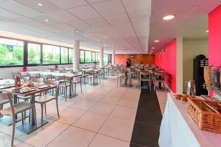 Appart'City Versailles Saint Cyr l'Ecole, Salle de location Saint-Cyr-l'École  #0