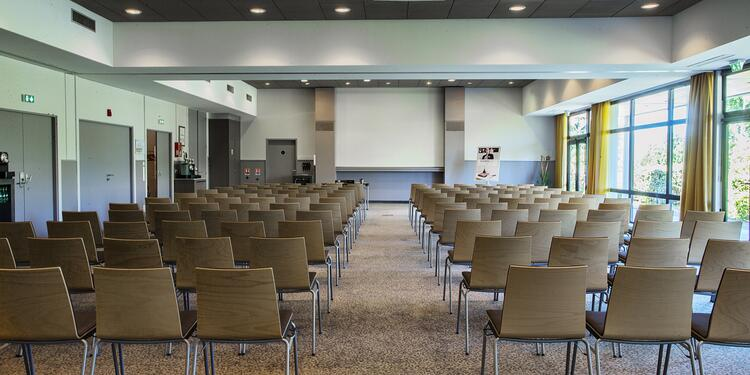 Mercure Toulouse Aéroport Golf de Seilh, Salle de location Seilh  #0
