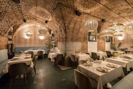 Restaurante Arrabal : Cueva, Sala de alquiler Madrid  #0